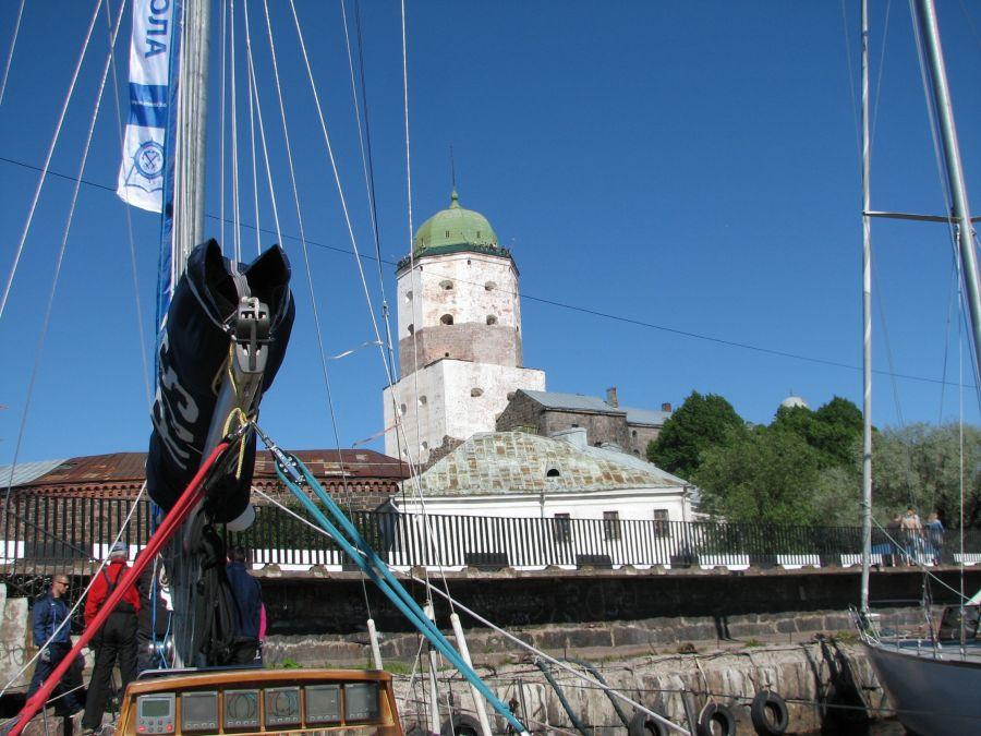 пристань у Выборгского замка