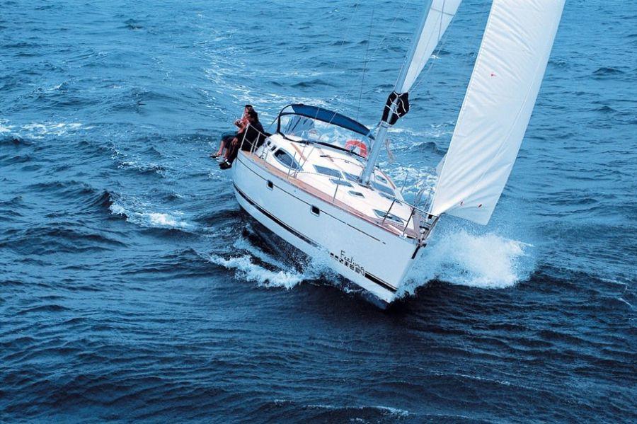 яхта компании Privilege Marine