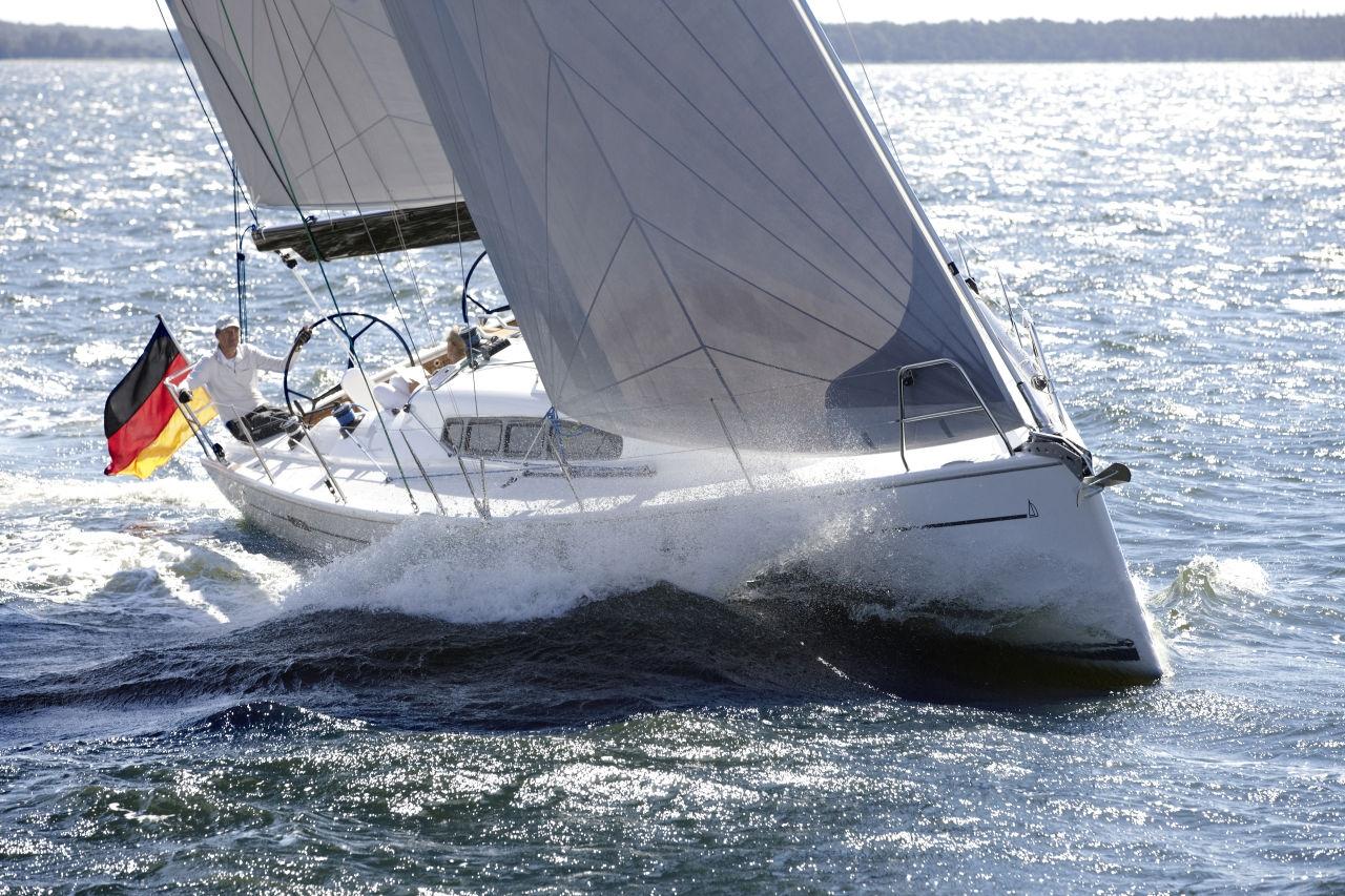 Парусная яхта Dehler 41