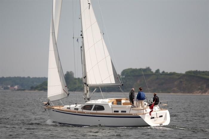Парусная яхта Nordship 380 DS