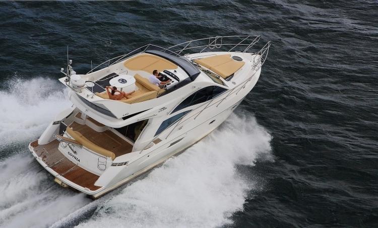 Моторная яхта Galeon 440 Fly