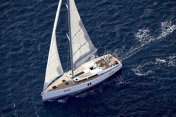 Парусная яхта Hanse 545