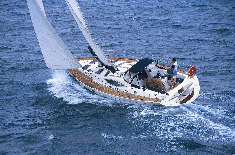 Парусная яхта Feeling 44