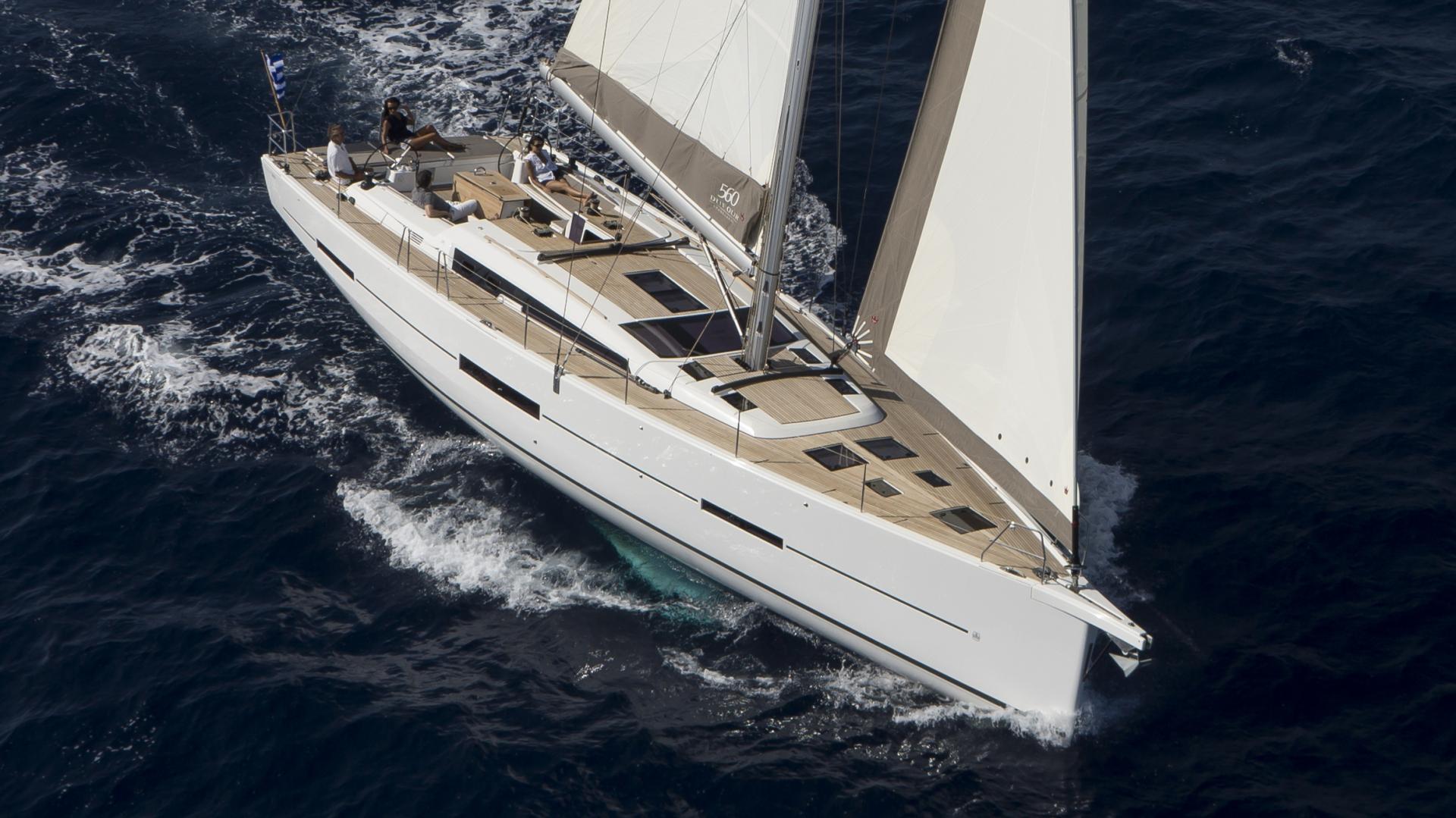 Парусная яхта Dufour GL 560