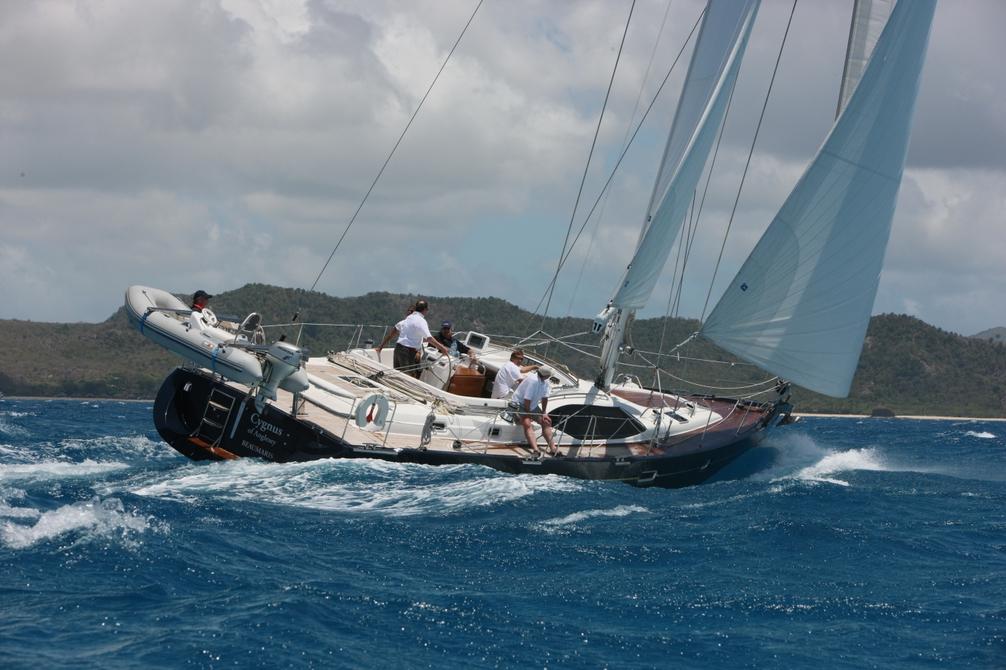 Парусная яхта Oyster 545