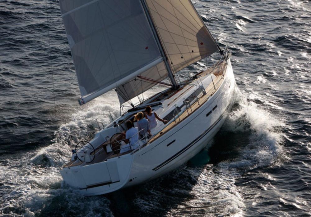 Парусная яхта Dufour 405 GL