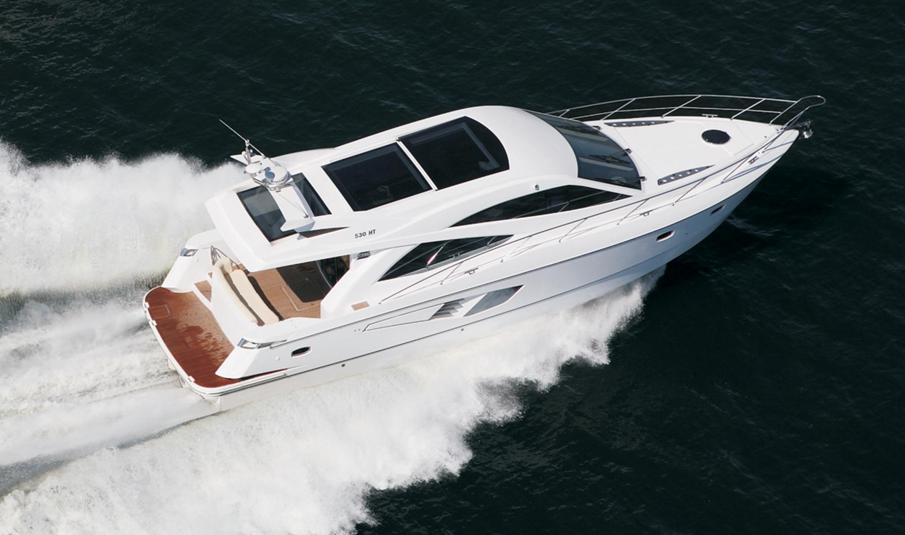 Моторная яхта Galeon 330 HT