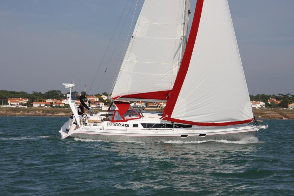 Парусная яхта Alubat Ovni 445
