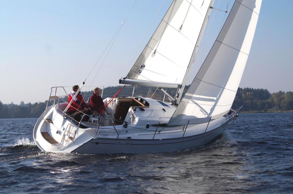 Парусная яхта Delphia 29