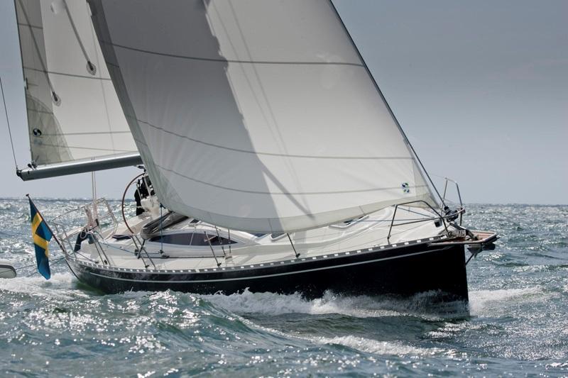Парусная яхта Delphia 37.3