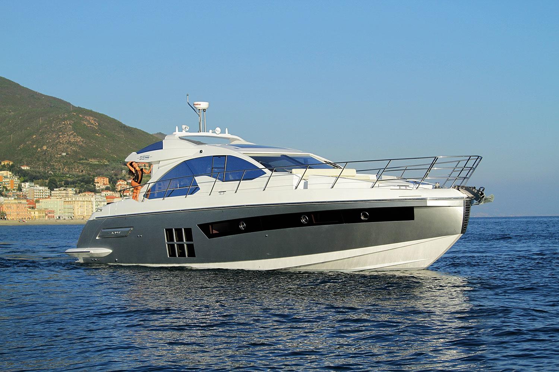 Моторная яхта Azimut 55S