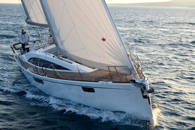 Парусная яхта Bavaria Vision 46