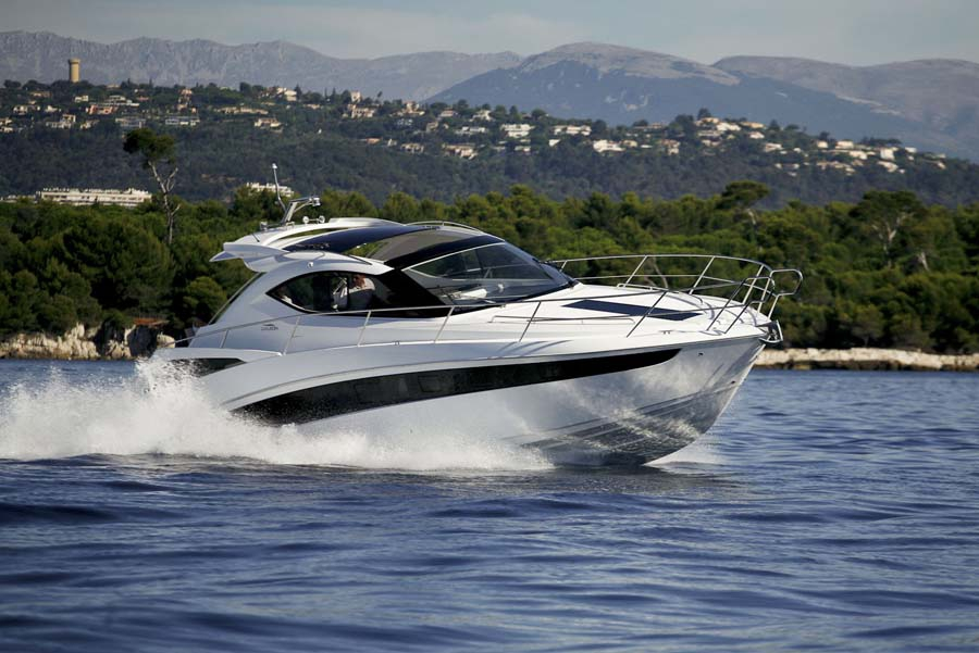 Моторная яхта Galeon 385 HT