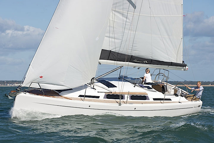Парусная яхта Hanse 345