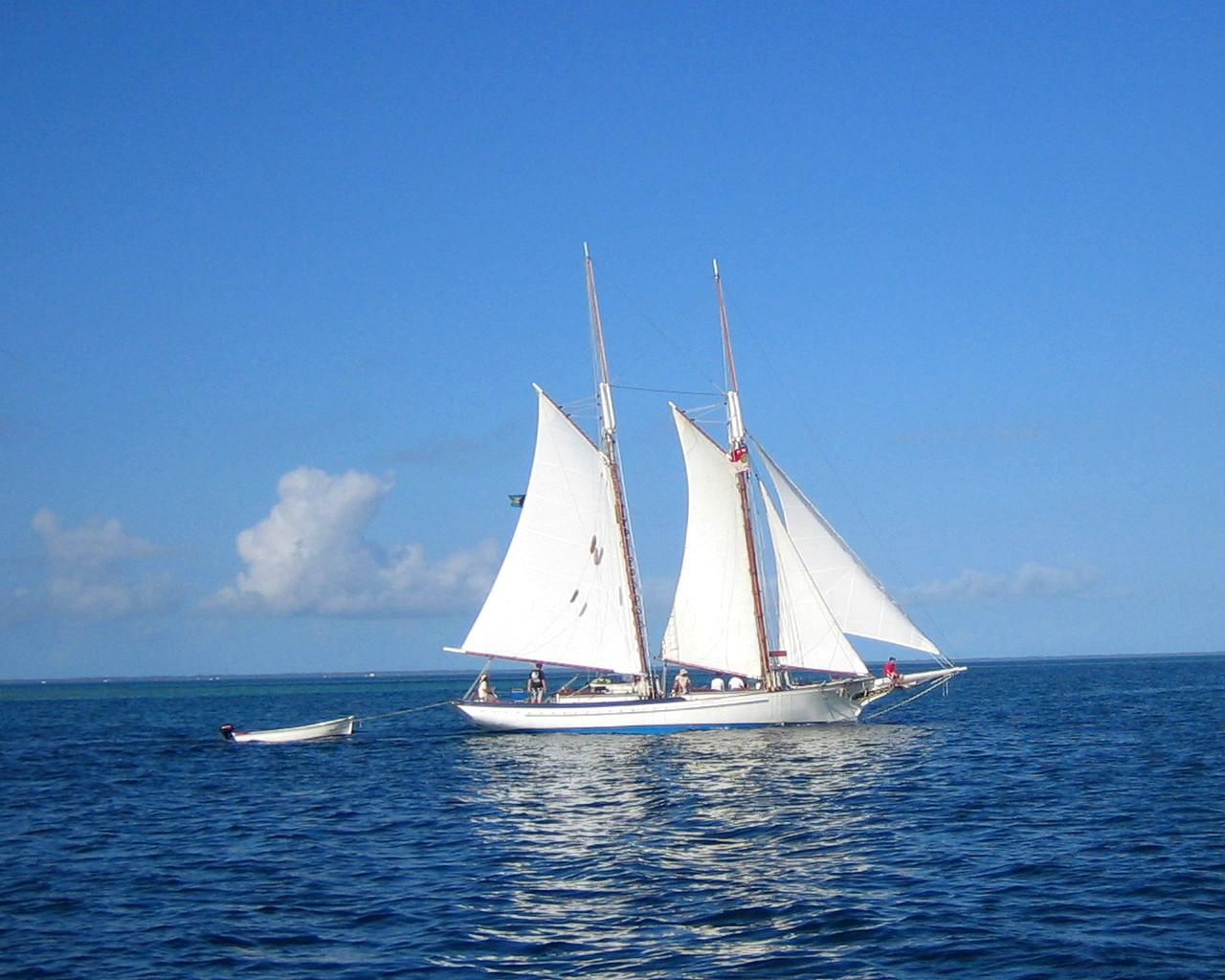 крепление мачты яхты