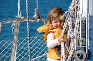 правила безопасности на борту с детьми