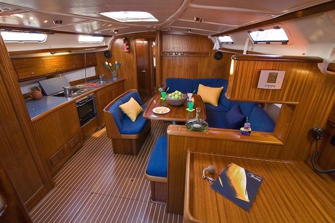 кают-компания яхты