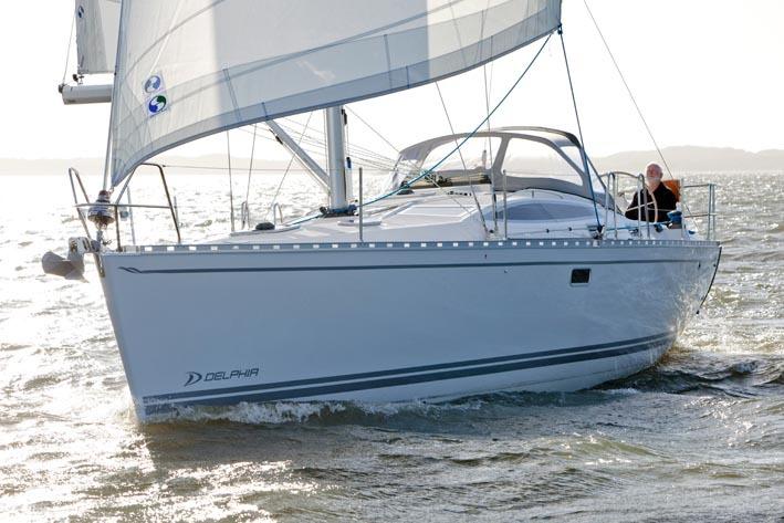 Парусная яхта Delphia 40.3