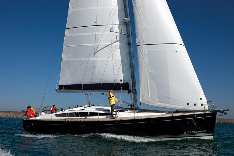 Парусная яхта Delphia 47