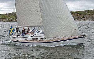 Парусная яхта Hallberg-Rassy 372