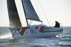парусная яхта Jeanneau Sun Fast 3200