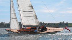 парусная яхта Spirit 46
