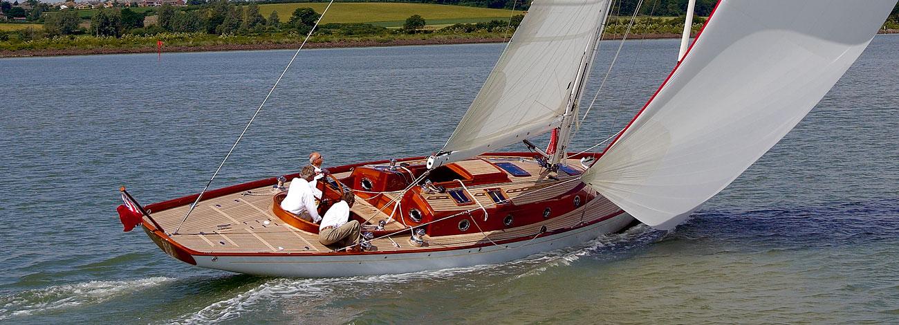 Парусная яхта Spirit 52