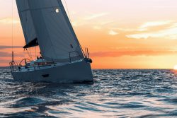 Парусная яхта Ekan 4