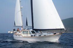 парусная яхта Nauticat 441