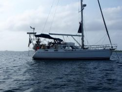 парусная яхта Nauticat 37