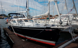 парусная яхта Nauticat-385