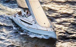 парусная яхта Jeanneau Sun Odyssey 389