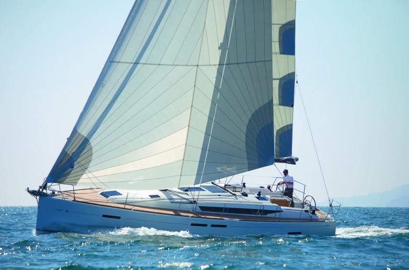 Парусная яхта Jeanneau Sun Odyssey 449