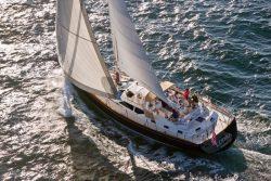 парусная яхта Tartan 5300