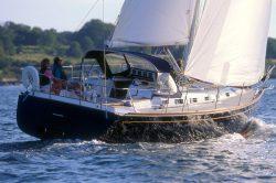 парусная яхта tartan 3700