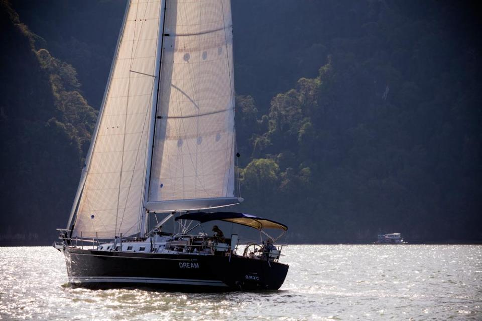 Парусная яхта Tartan 4000