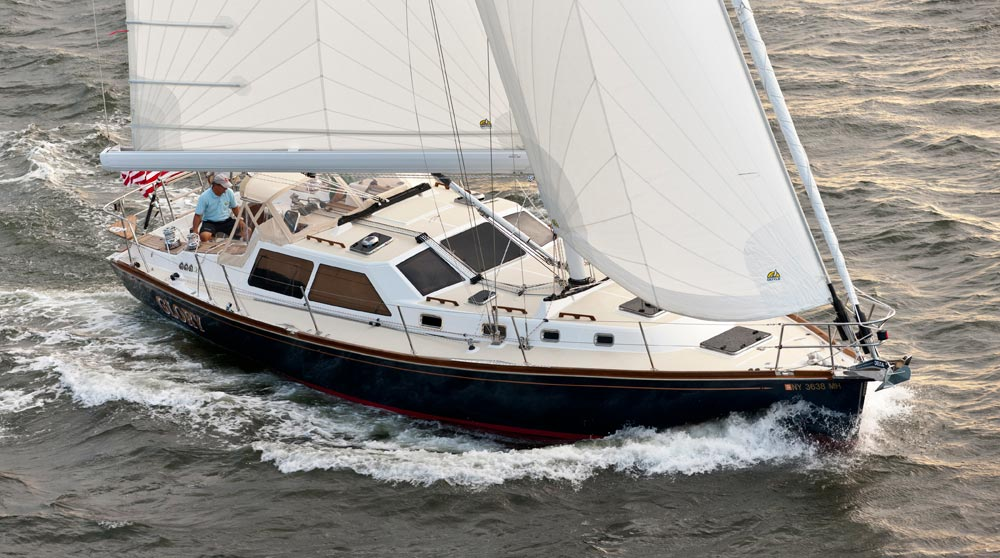 Парусная яхта Tartan 4700