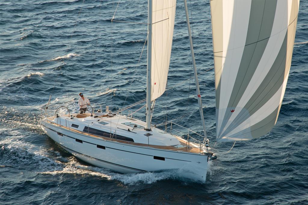Парусная яхта Bavaria Cruiser 41