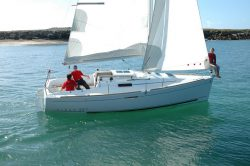 парусная яхта Beneteau First 25