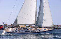 парусная яхта Hallberg-Rassy 48 Mk II
