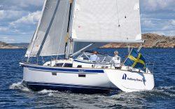Парусная яхта Hallberg-Rassy 340