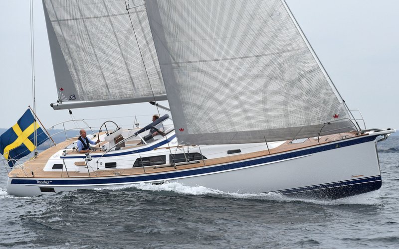 Парусная яхта Hallberg-Rassy 44