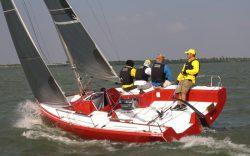 парусная яхта fareast23r