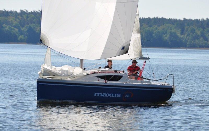 Парусная яхта Northman Maxus 22