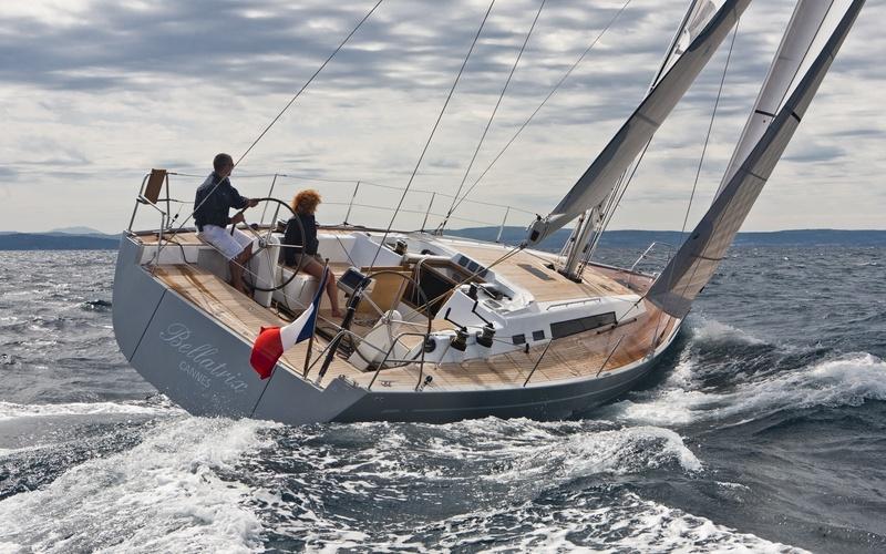 Парусная яхта Solaris 44
