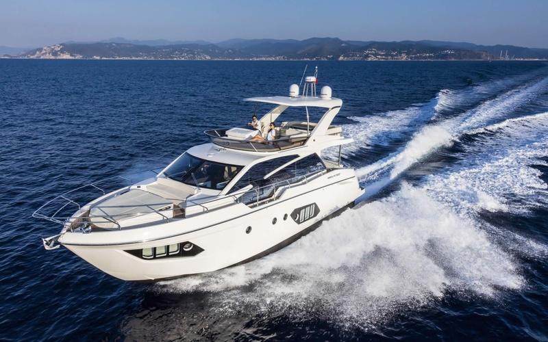 Моторная яхта Absolute 50 FLY