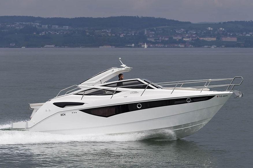 Моторная яхта Galeon 305 OPEN