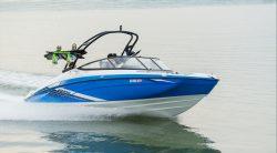 моторная яхта Yamaha AR210